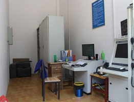 干净整洁的控制室